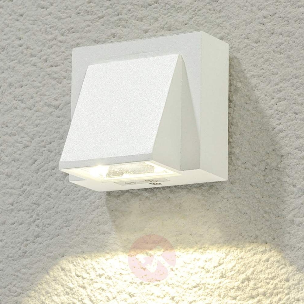 White Outdoor Wall Lights Regarding Current Marik White Led Outdoor Wall Light (View 13 of 20)
