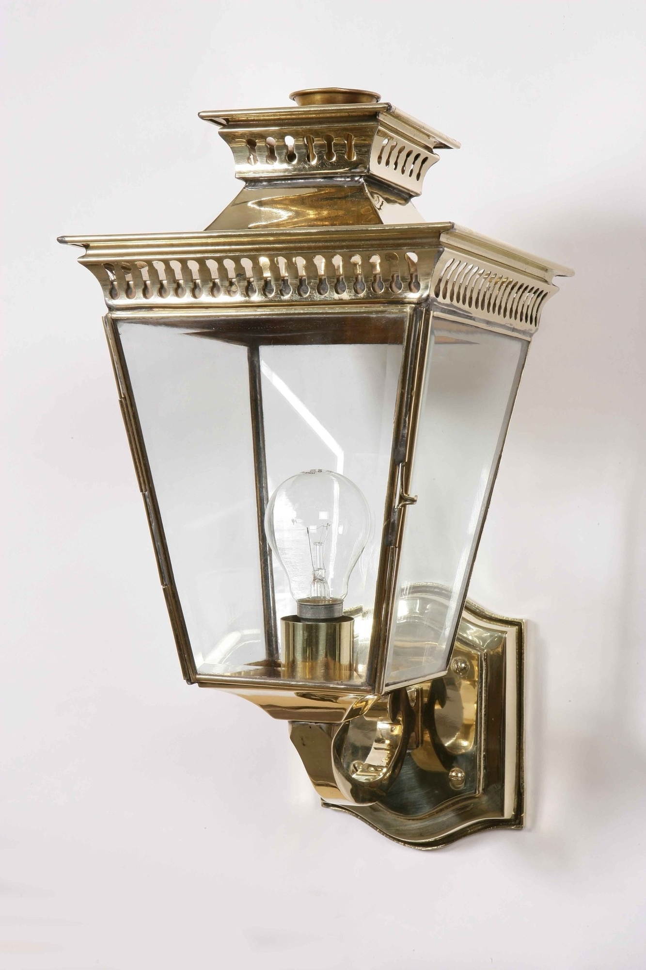 2018 Pagoda Solid Brass Outdoor Wall Lantern From Richard Hathaway Lighting For Brass Outdoor Lanterns (Gallery 13 of 20)