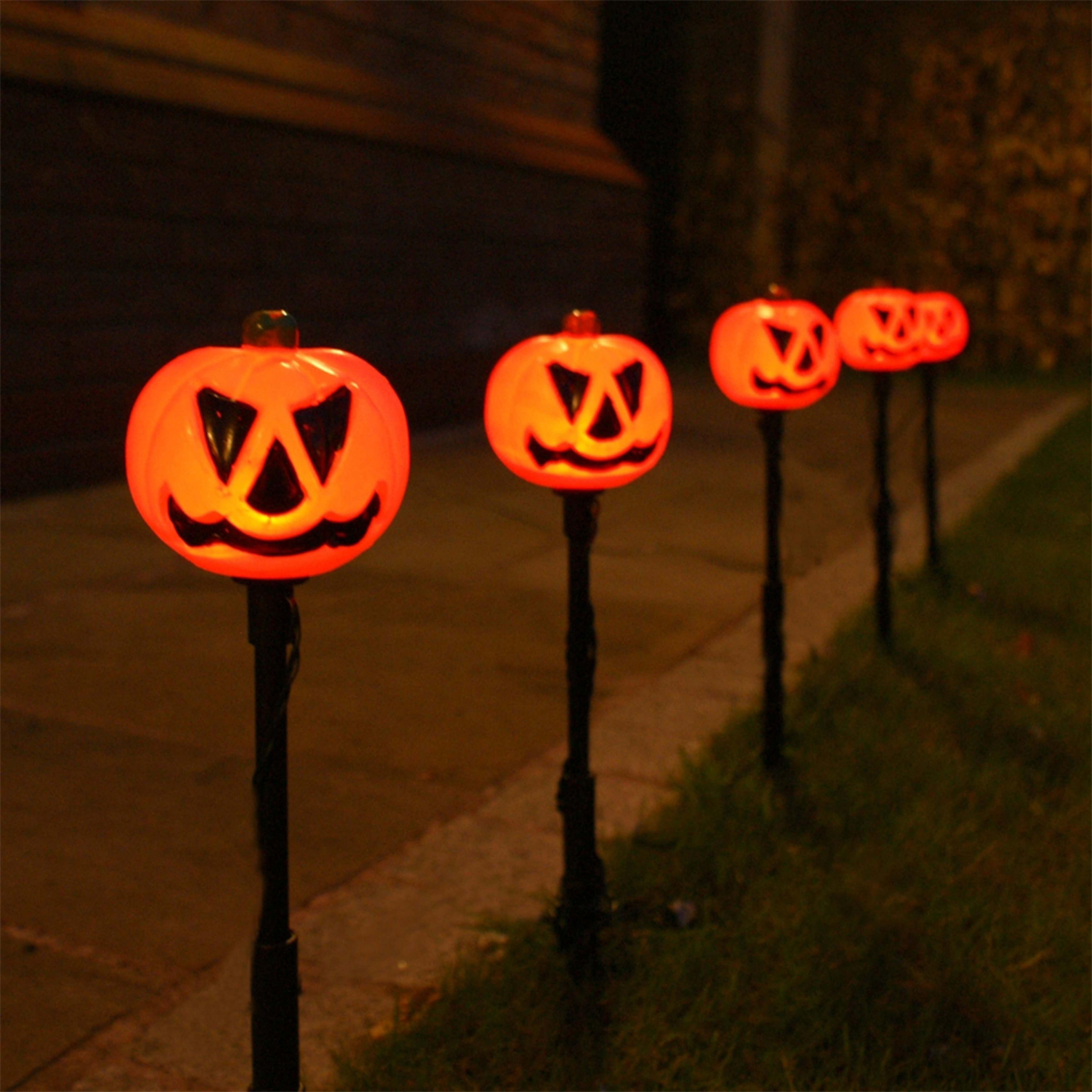 5 Outdoor Halloween Pumpkin Stake Lights, Orange Leds With Regard To Popular Outdoor Pumpkin Lanterns (Gallery 19 of 20)