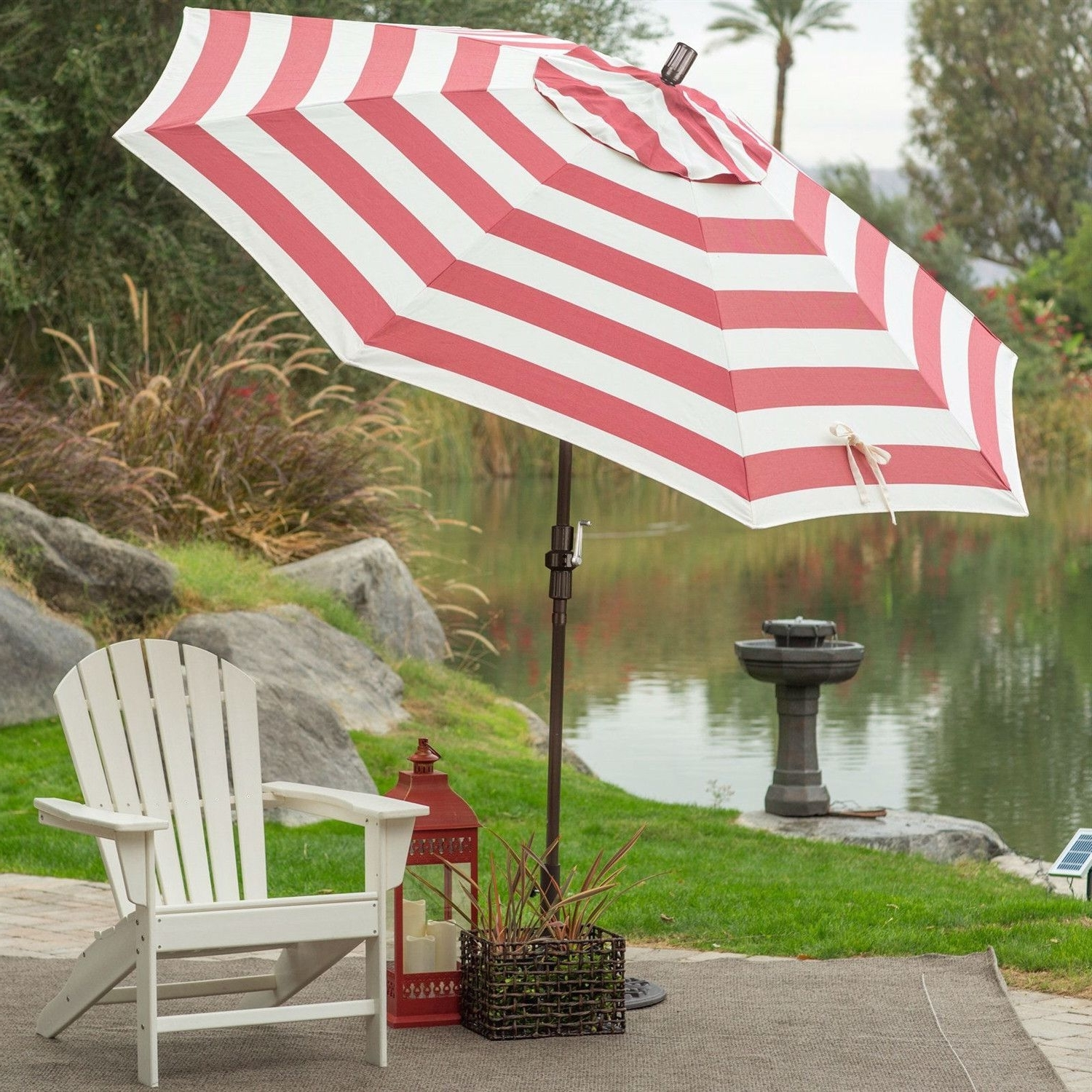 7 5 Ft Patio Umbrella In Red And White Stripe Outdoor Fabric For Widely Used