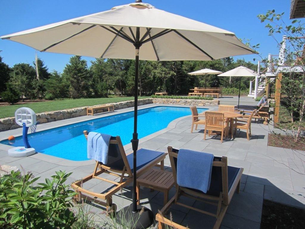 87 Slough Cove Rd: Katama Luxury – 4 Br Home W/ Heated Pool Near Throughout Most Recent Patio Umbrellas For Rent (Gallery 4 of 20)