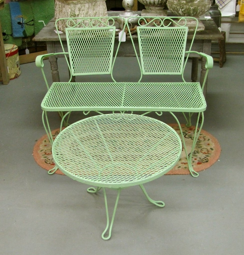 About Metal Patio Furniture — The Kienandsweet Furnitures In Popular Vintage Patio Umbrellas For Sale (View 3 of 20)