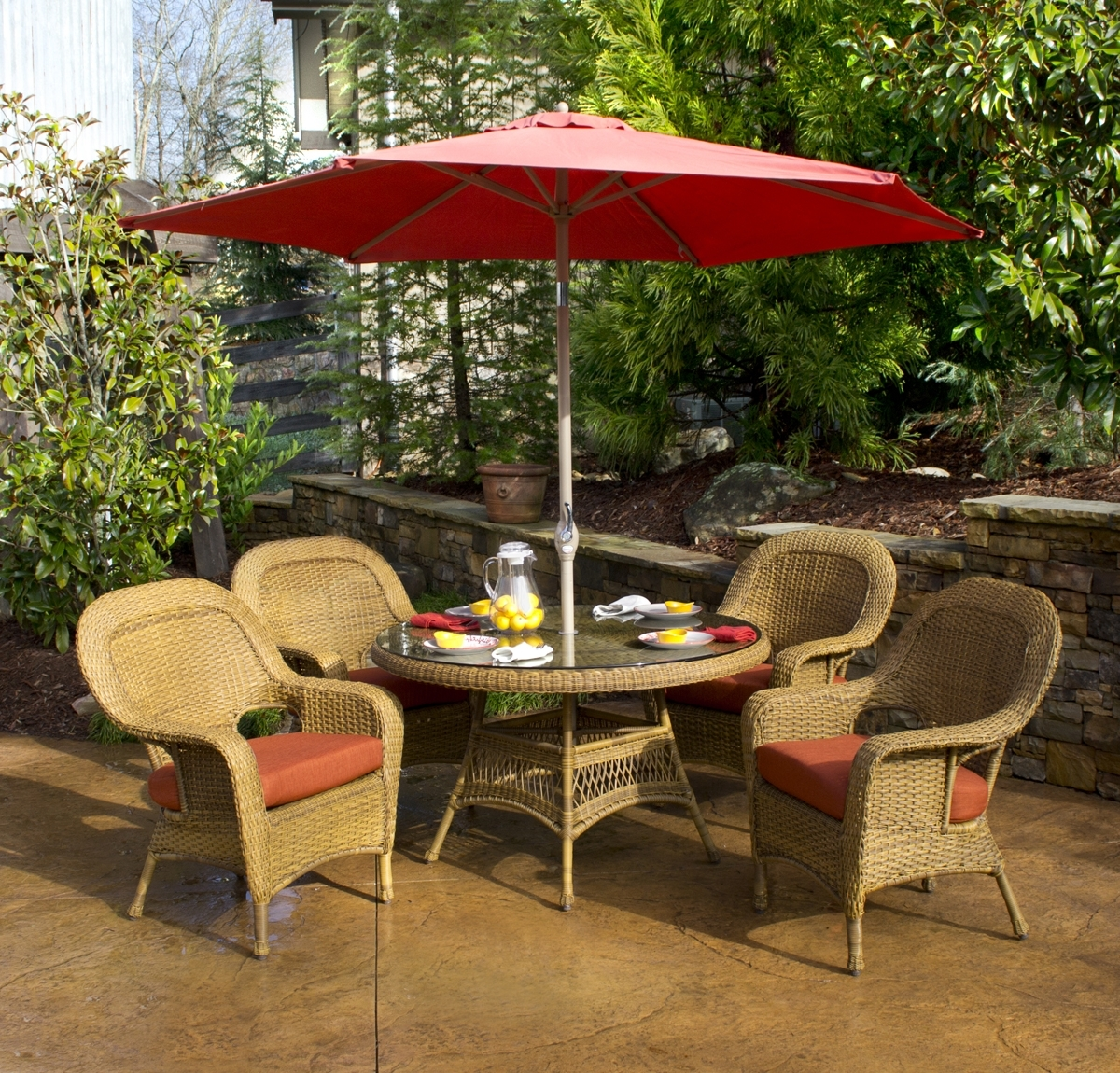 Classic Outdoor Dining Patio Ideas With White Painted Iron Red Within Fashionable Patio Dining Umbrellas (View 4 of 20)