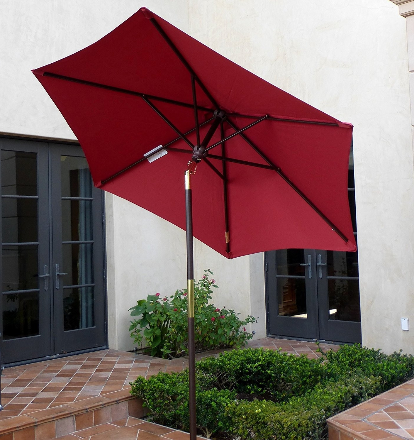 Commercial Outdoor Umbrellas Elegant Best For High Wind Areas This Intended For Well Liked Patio Umbrellas For High Wind Areas (View 16 of 20)