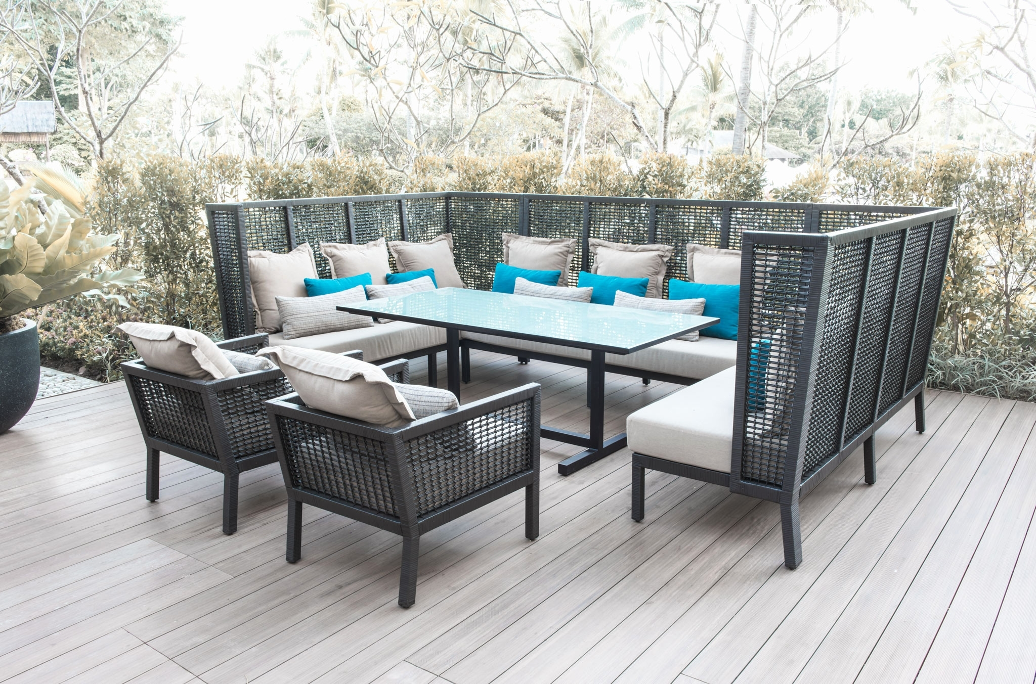Commercial Outdoor Umbrellas Elegant Best For High Wind Areas This Throughout Most Popular Patio Umbrellas For High Wind Areas (View 11 of 20)