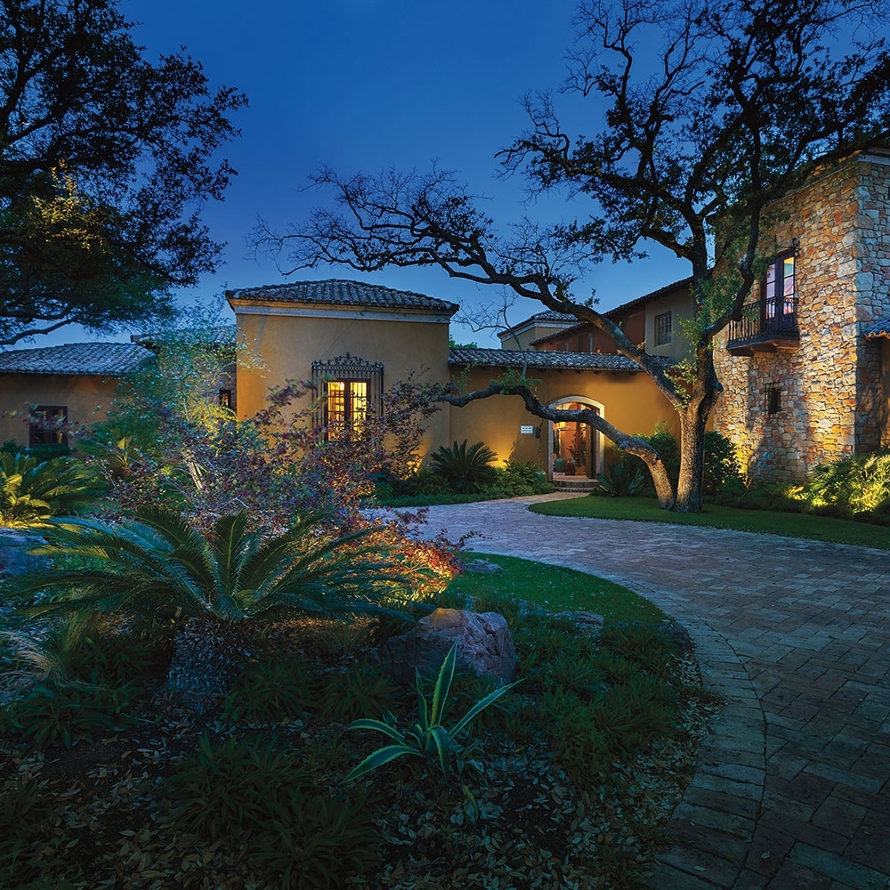 Current Kichler Outdoor Lanterns Within Landscape Lighting (Gallery 9 of 20)