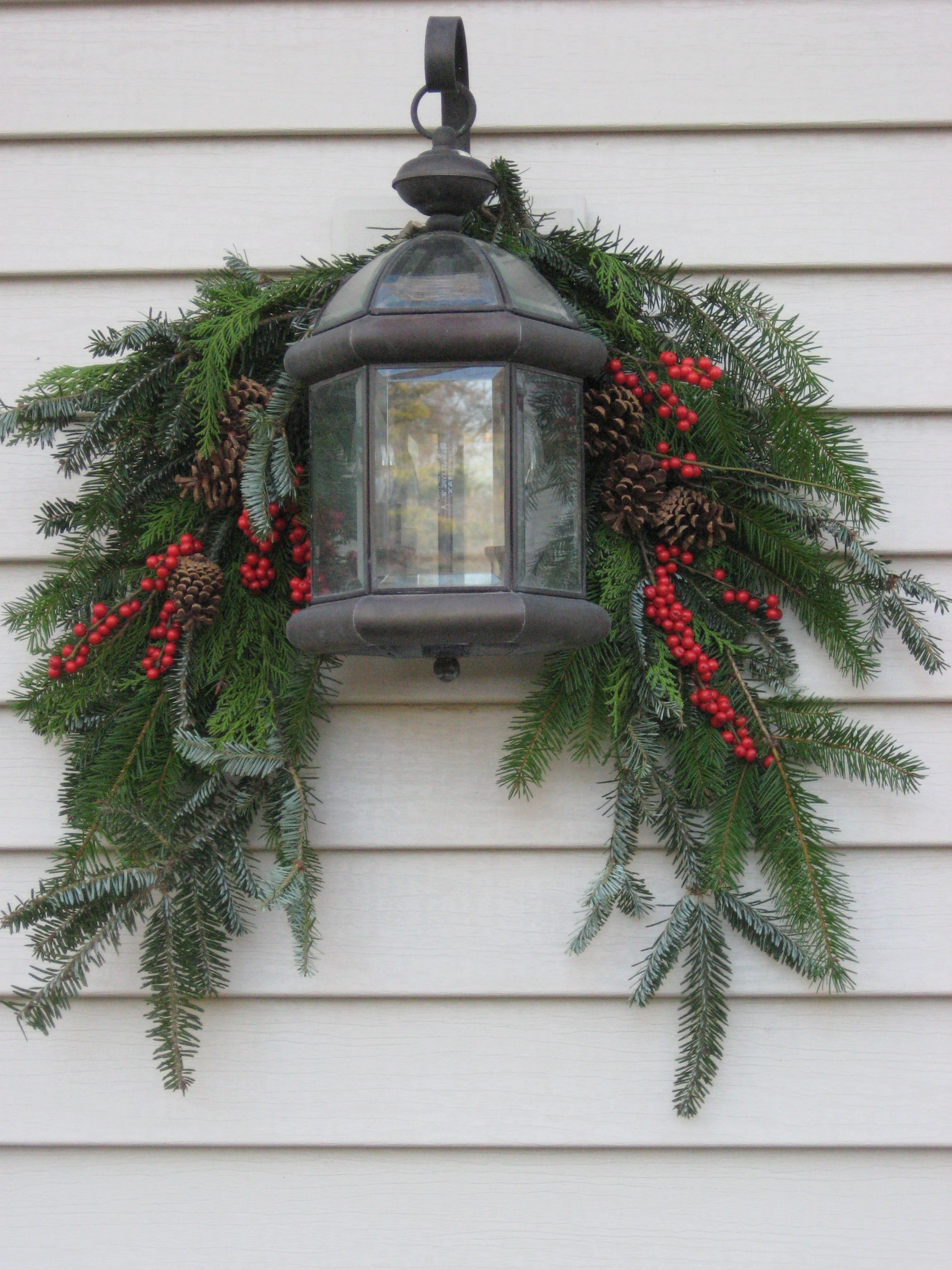 Current Outdoor Lanterns For Christmas With Regard To A Guide To Beautiful (And Not Tacky) Outdoor Holiday Decor (Gallery 2 of 20)