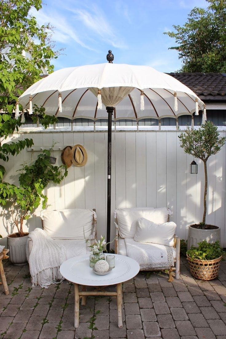Featured Photo of Exotic Patio Umbrellas