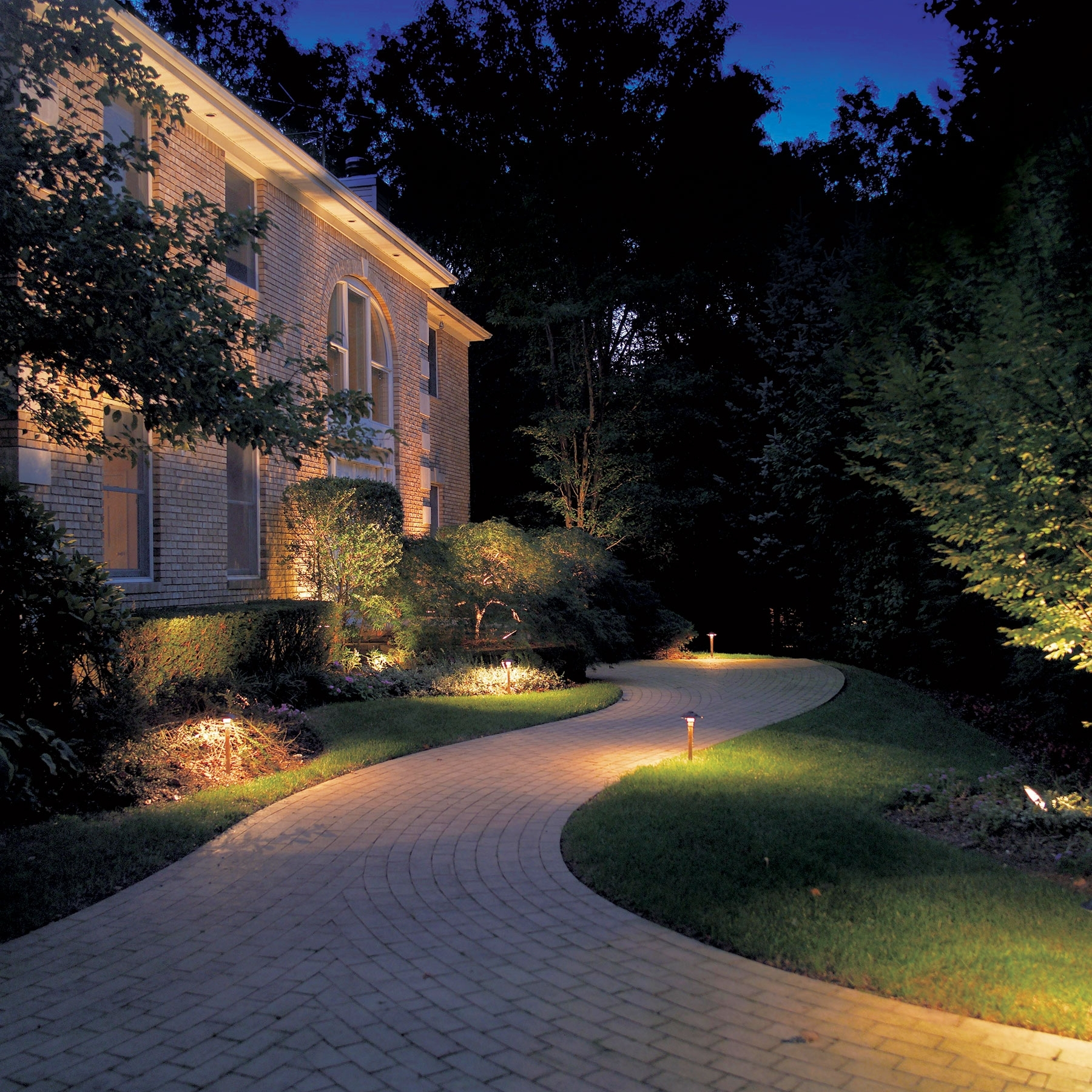 Famous Landscape Lighting Ideas — New Home Design : Landscape Throughout Most Recently Released Outdoor Landscape Lanterns (View 2 of 20)