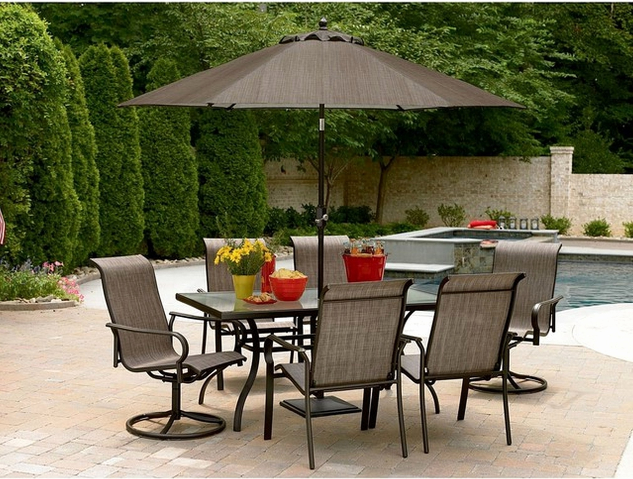 Fashionable Small Patio Tables With Umbrellas Pertaining To Great Small Patio Tables With Umbrellas – Designsolutions Usa (View 4 of 20)
