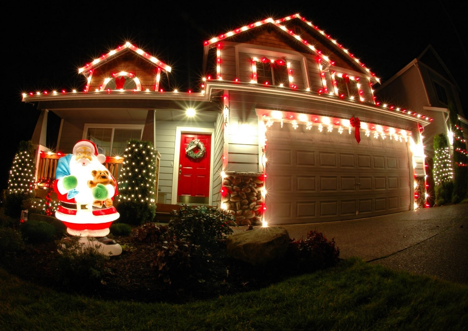 Favorite Outdoor Christmas Rope Lanterns Regarding Outdoor Christmas Lights Red — Indoor Outdoor Ideas : Outdoor (View 6 of 20)