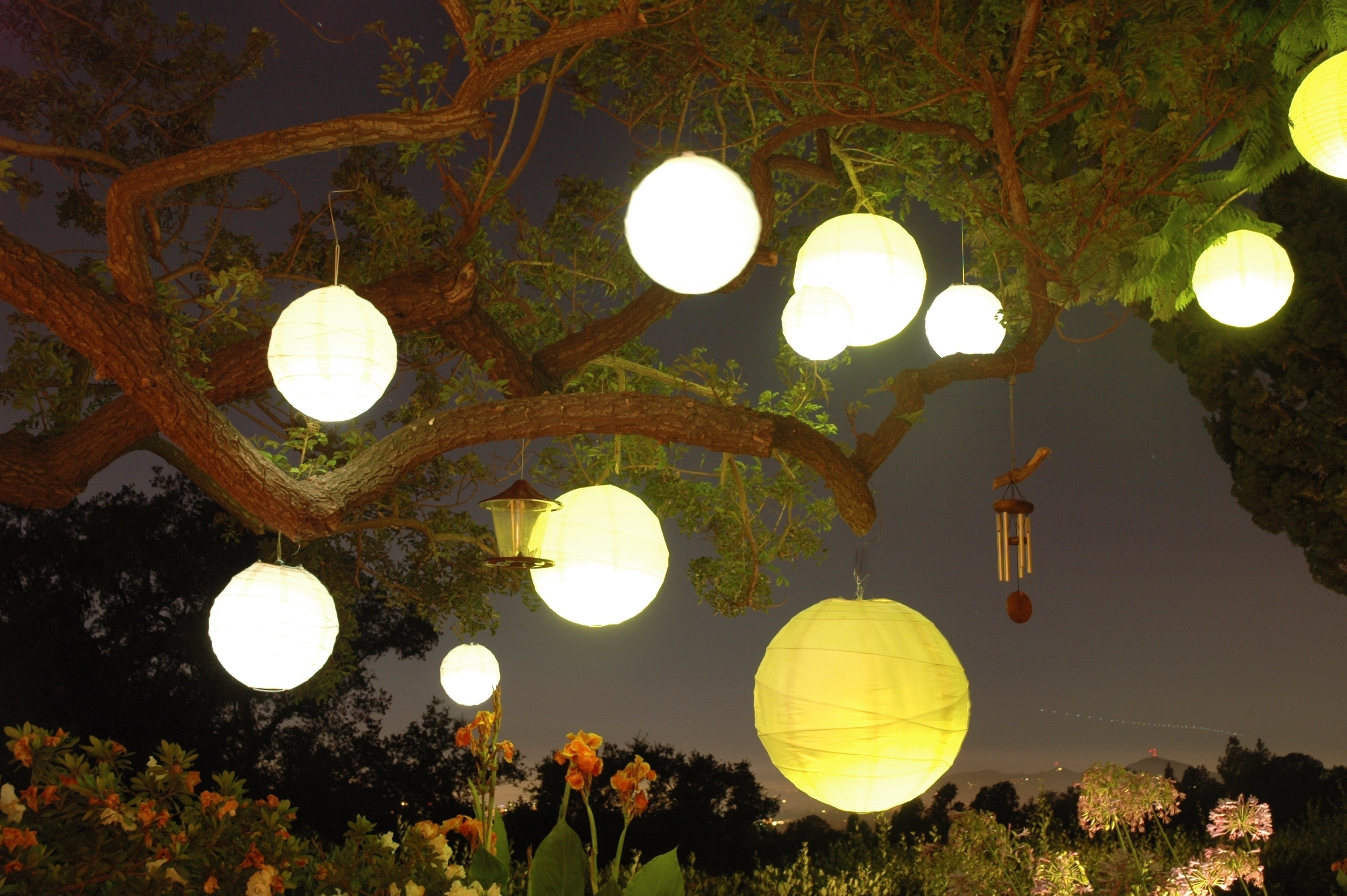 Favorite Outdoor Nylon Lanterns Inside The Best Outdoor Hanging Paper Lanterns (Gallery 6 of 20)