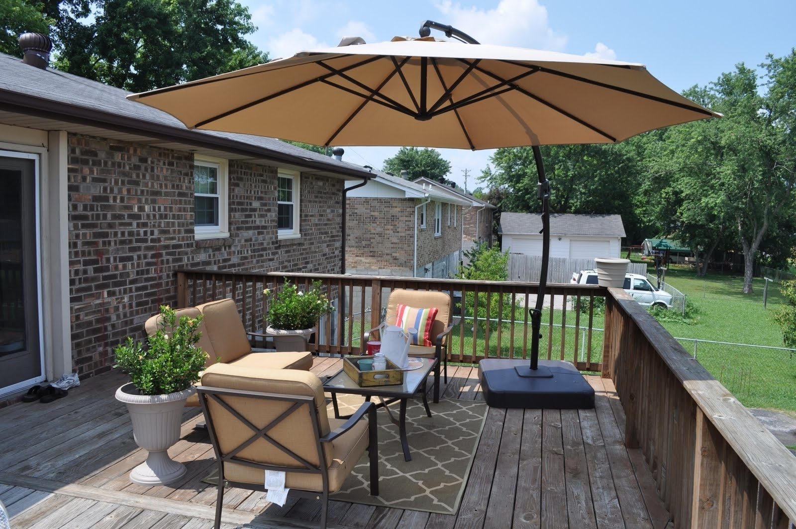 Garden: Enchanting Outdoor Patio Decor Ideas With Patio Umbrellas Within Fashionable Patio Deck Umbrellas (View 5 of 20)