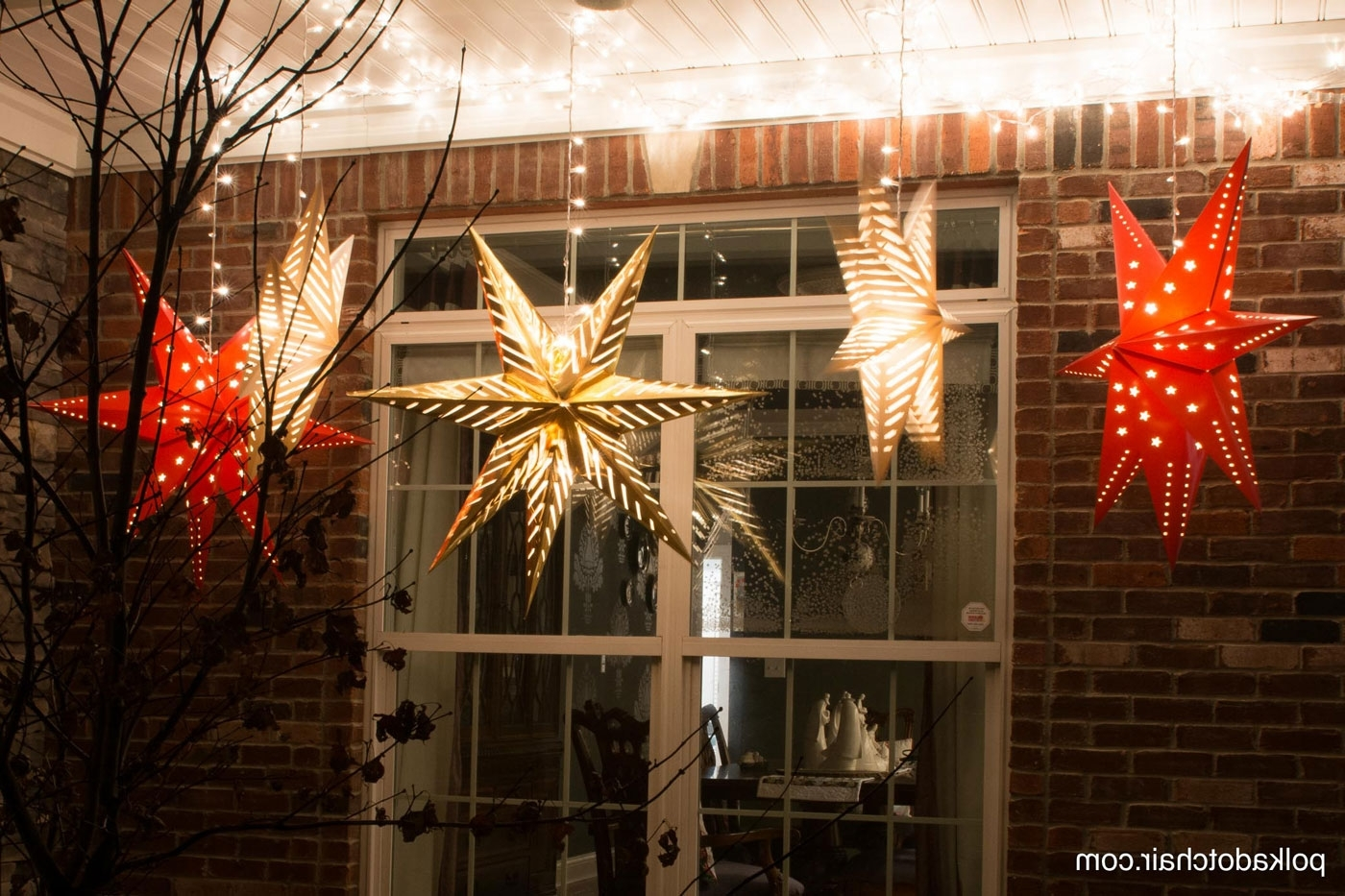 Hanging Star Lanterns; A Christmas Front Porch Decorating Idea – The Within Preferred Outdoor Lanterns For Christmas (View 7 of 20)