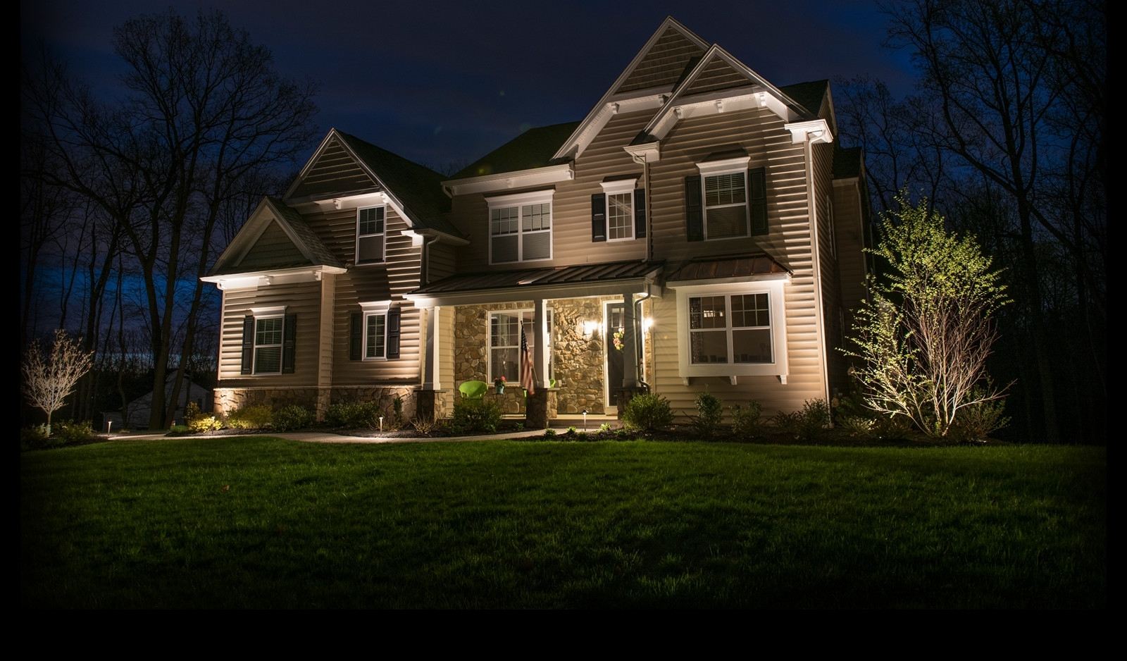 Ideas For Hanging Lights Outside Front And Backyard Landscaping Within Most Up To Date Outdoor House Lanterns (Gallery 16 of 20)