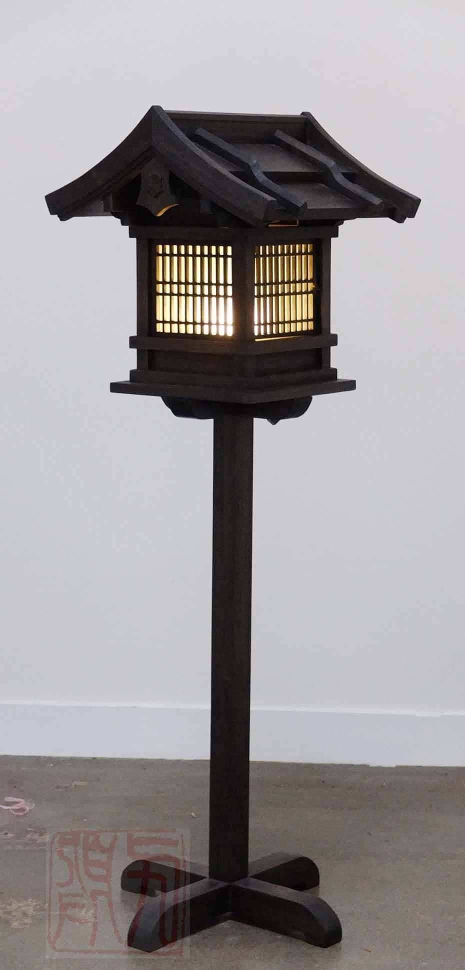 Japanese Wooden Lantern, Outdoor (Wl2) (Gallery 1 of 20)