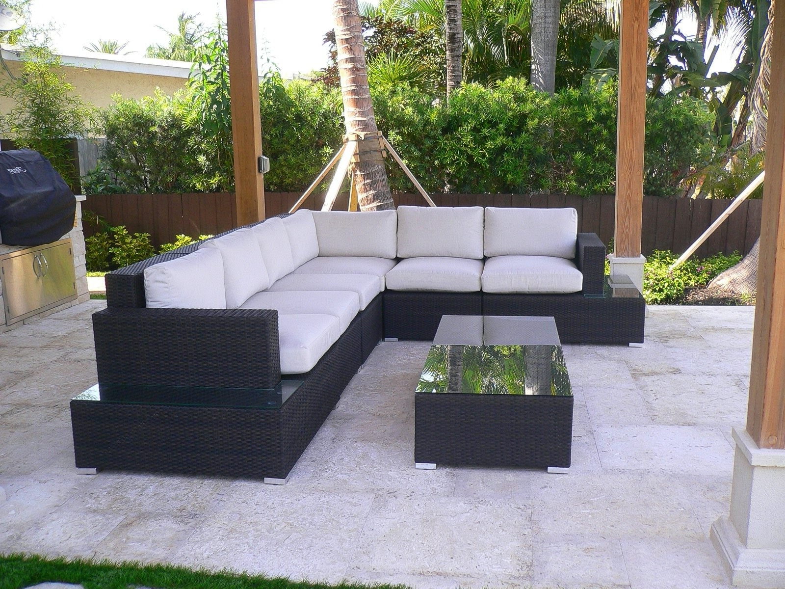 Krevco Patio Umbrellas Inside Favorite Source Outdoor Manhattan Collection – Source Outdoor Patio Furniture (Gallery 2 of 20)