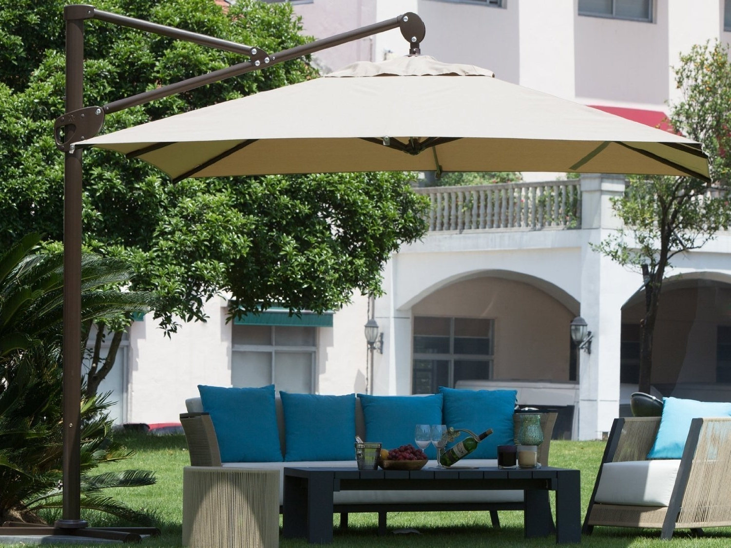 Latest Rectangular Cantilever Umbrella Reviews – Outsidemodern Pertaining To Wayfair Patio Umbrellas (View 14 of 20)