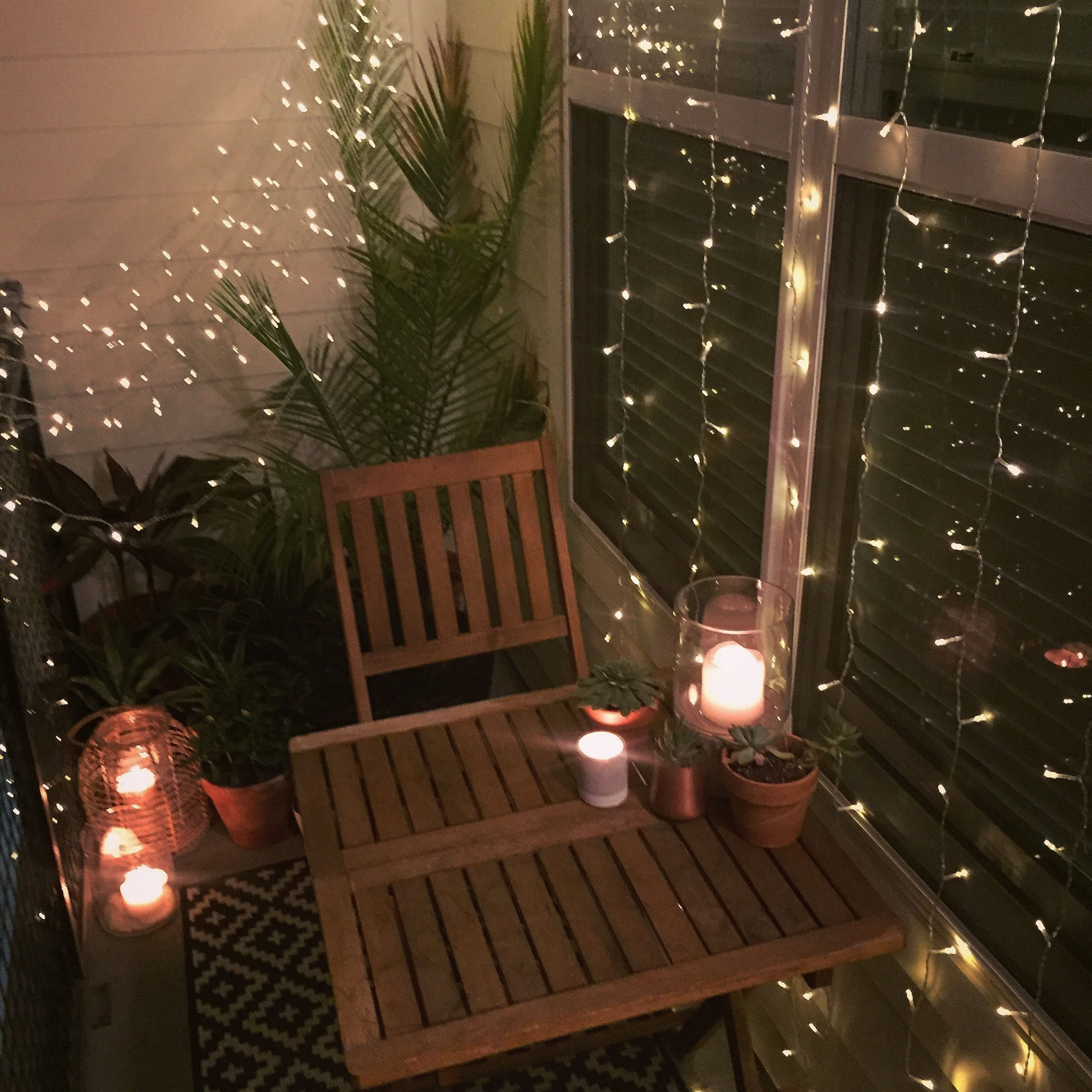 Latest Small Balcony Decor Ideas For An Apartment (View 5 of 20)