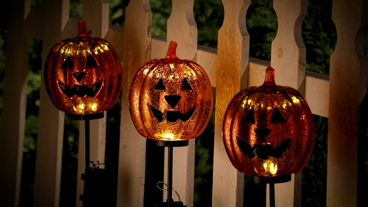 Lighted Pumpkin Yard Stakes Outdoor Halloween Decoration For Recent Outdoor Halloween Lanterns (View 7 of 20)