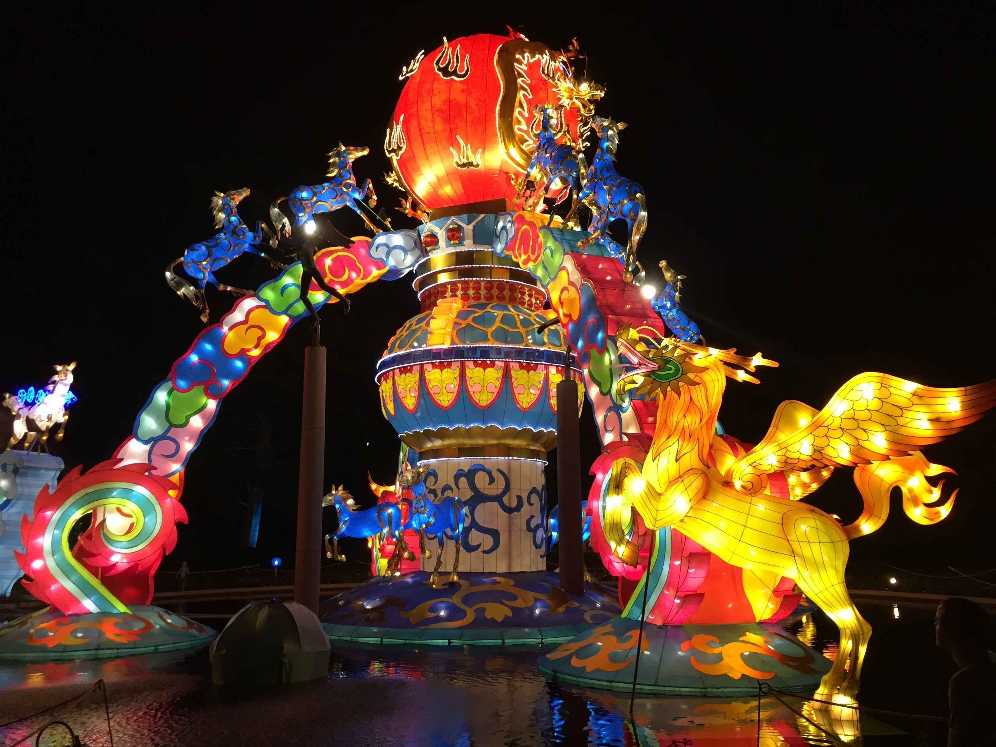 Most Current Free Images : Outdoor, Celebration, Golden, Red, Amusement Park For Outdoor Oriental Lanterns (View 6 of 20)