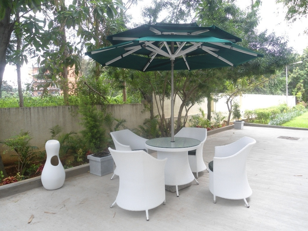 Most Current Patio Ideas Heavy Duty Patio Umbrella With White Patio Furniture In Intended For Heavy Duty Patio Umbrellas (View 14 of 20)