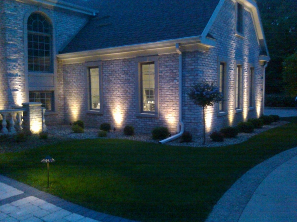 Most Popular Long Driveway Lighting Ideas – Missouri City Ballet Pertaining To Outdoor Driveway Lanterns (View 9 of 20)