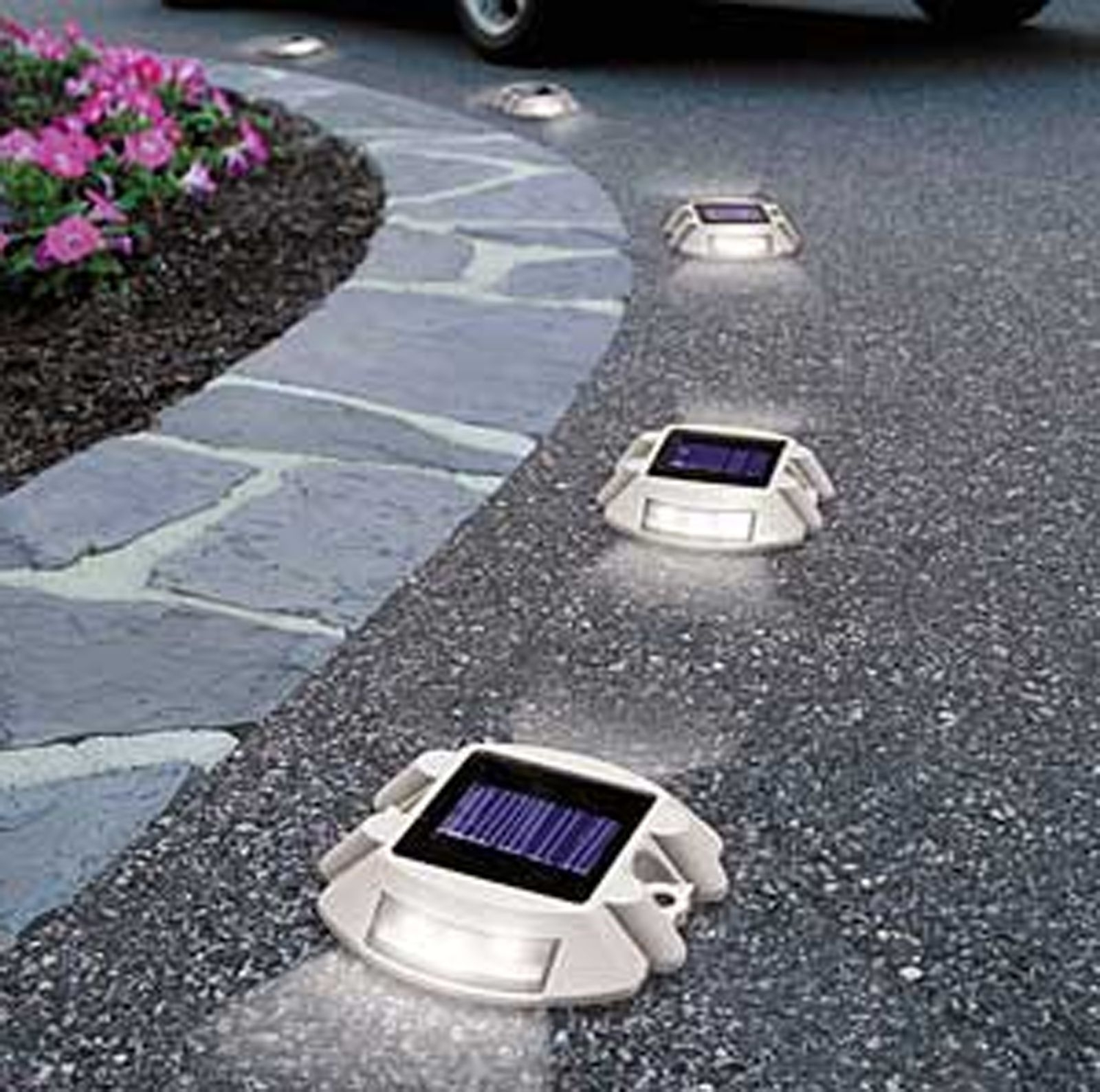 Most Recently Released Outdoor Driveway Lanterns Regarding Solar Power 6 Led Outdoor Garden Road Driveway Pathway Dock Path (View 10 of 20)