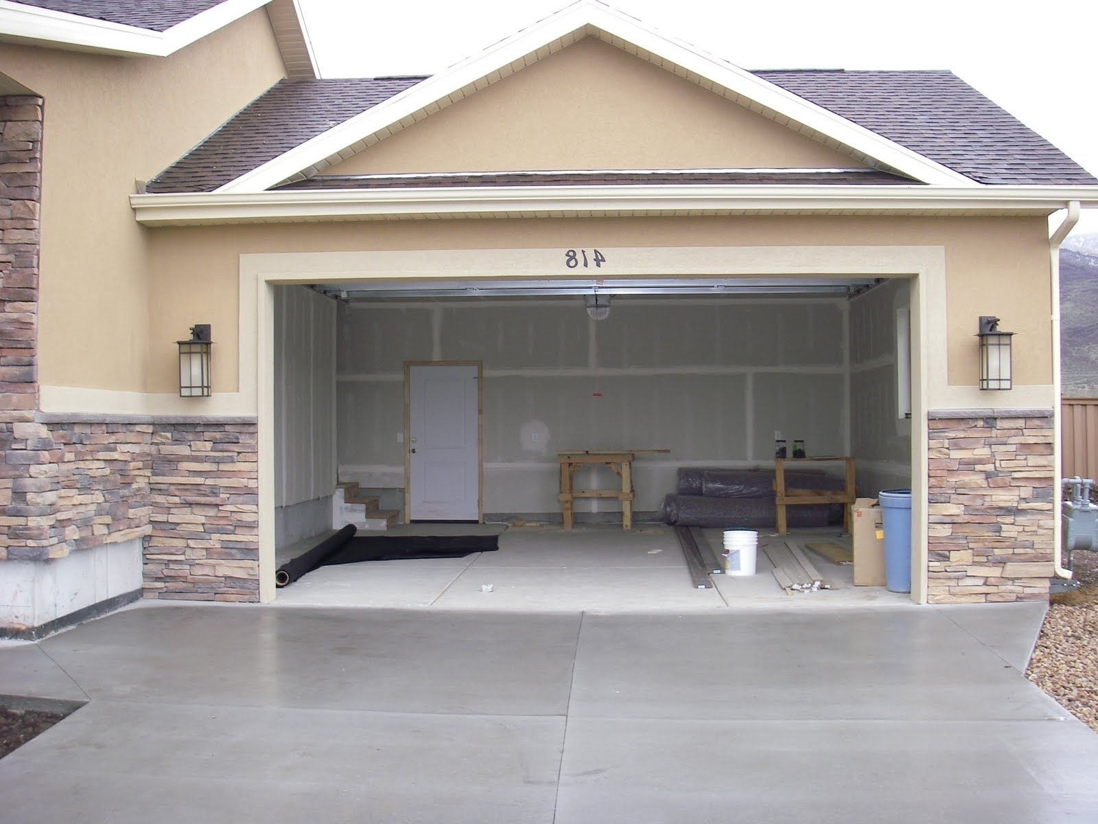 Most Recently Released Outdoor Garage Lanterns Pertaining To Outdoor Garage Lights Inspirational Awesome Best Lighting For Garage (View 5 of 20)