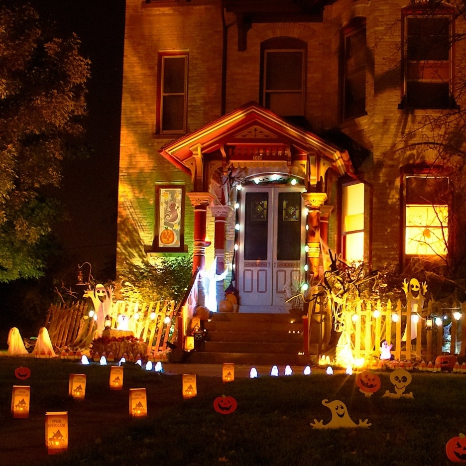 Most Up To Date Amusing Halloween Decorating Inspiring Design Showcasing Funny Inside Outdoor Halloween Lanterns (View 9 of 20)