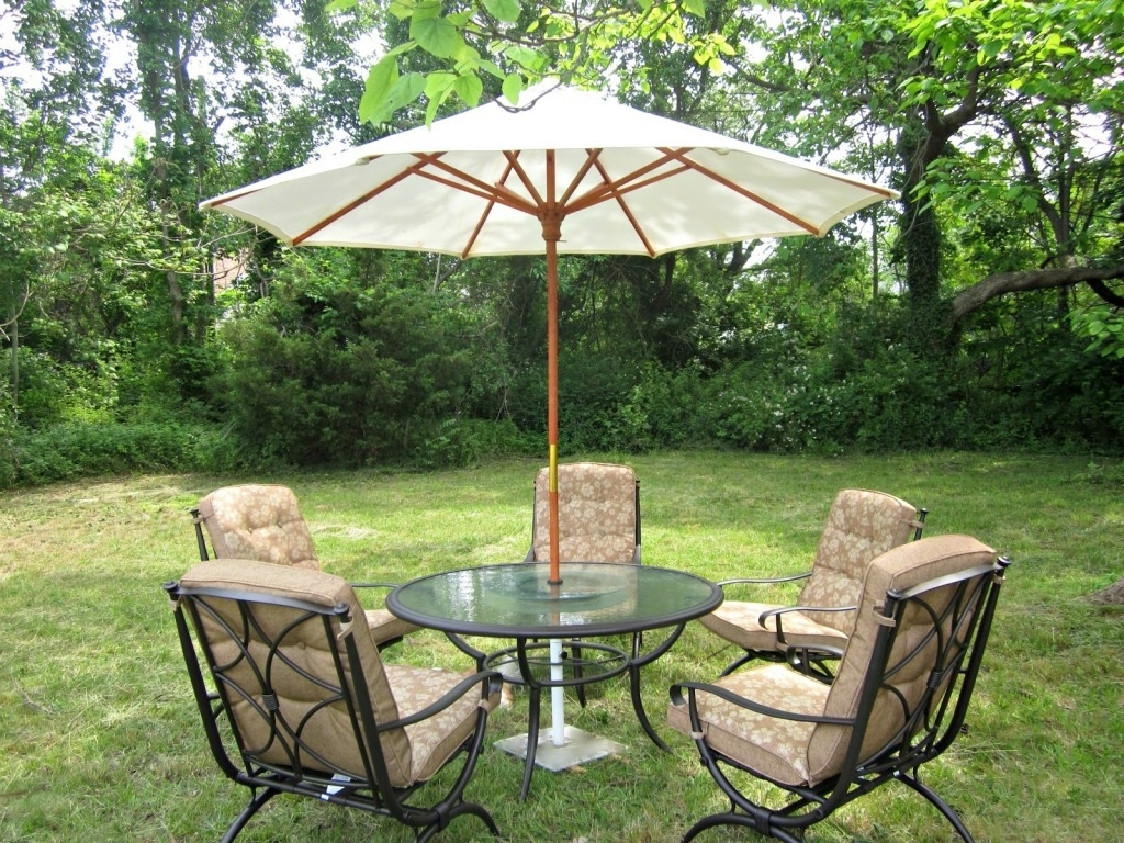 Most Up To Date Small Patio Furniture Sets Umbrella For 2 Chair Set With Table And With Patio Furniture Sets With Umbrellas (View 10 of 20)