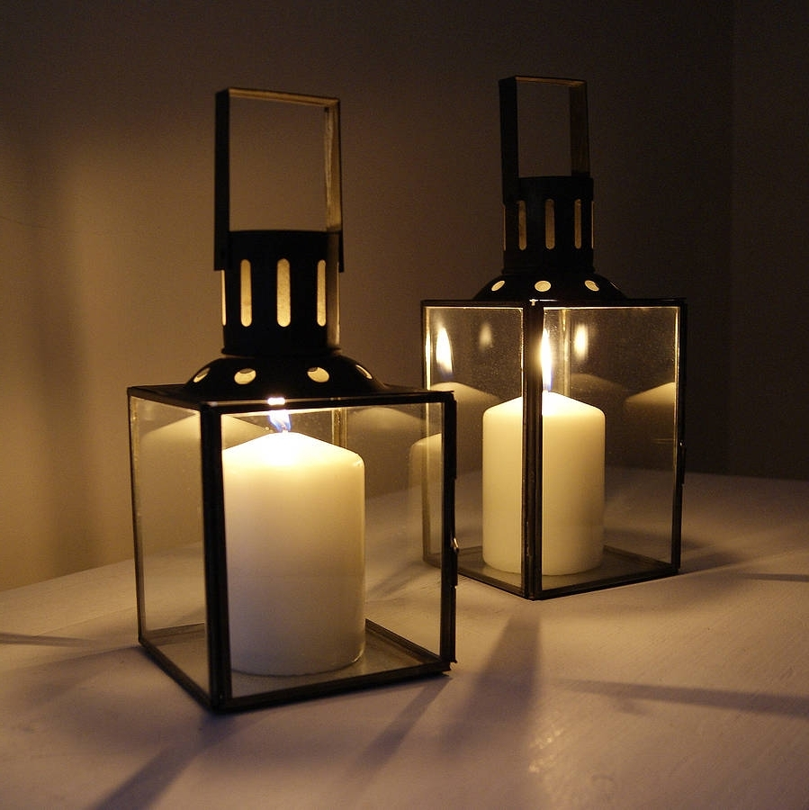 Newest Outdoor Hurricane Lanterns Within 12 Top Romantic Glass Lanterns With Candles In It – Top Inspirations (View 13 of 20)