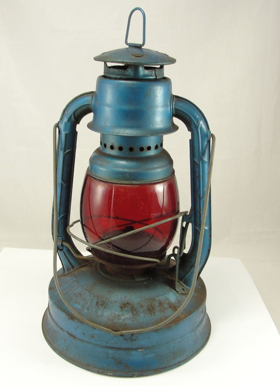 Old Kerosene Lanterns For Sale (View 9 of 20)