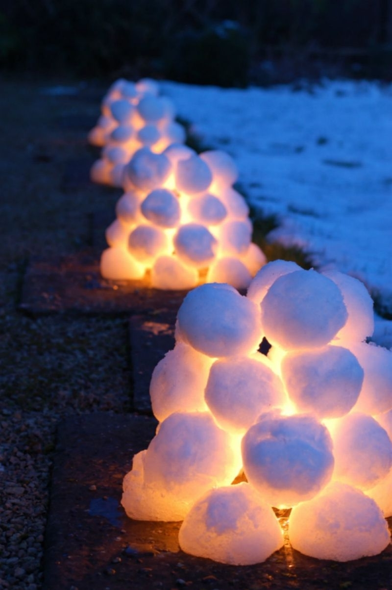 Outdoor Ball Lanterns Throughout Fashionable 15 Beautiful Christmas Outdoor Lighting Diy Ideas (View 10 of 20)