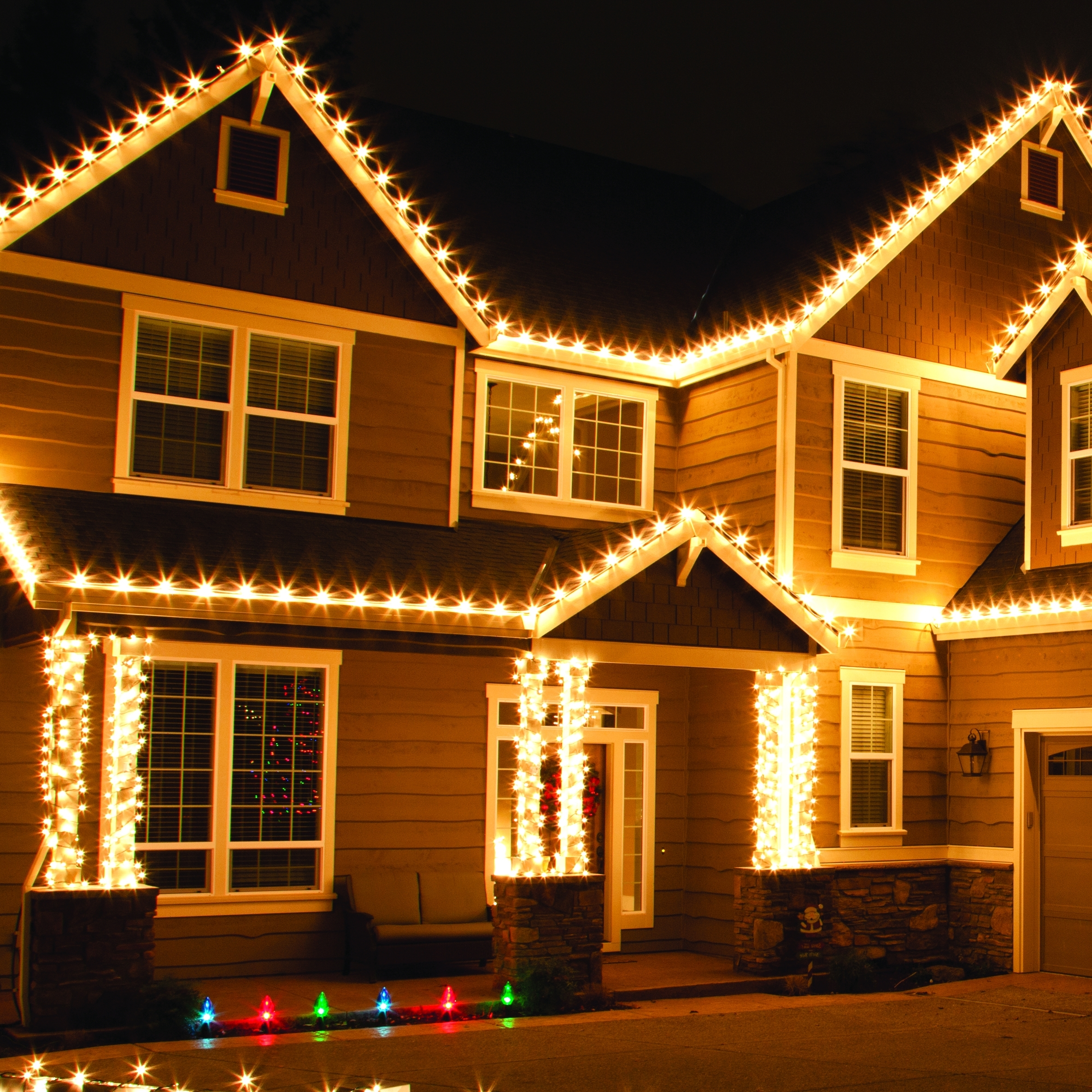 Outdoor Christmas Lights In 2018 Outdoor House Lanterns (View 11 of 20)