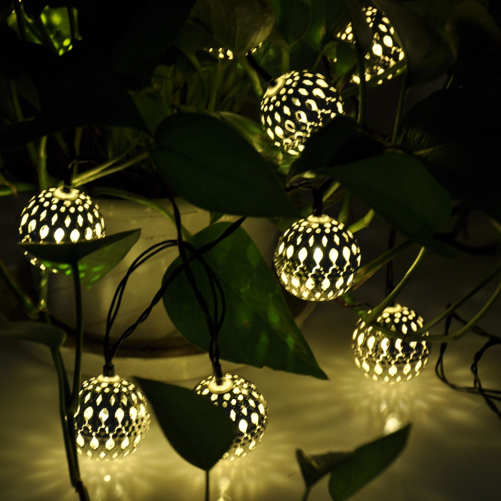Outdoor Globe Lanterns With Recent Modern Home Solar Led String Lights Moroccan Metal Globe Lanterns (View 12 of 20)