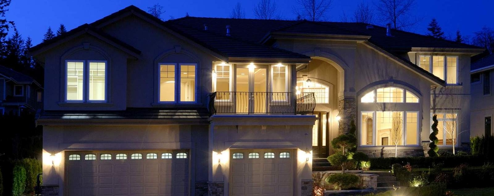 Outdoor House Lanterns Pertaining To Well Known Outdoor Light Fixtures – Home Exterior Pendants, Flush & Porch Lighting (View 15 of 20)