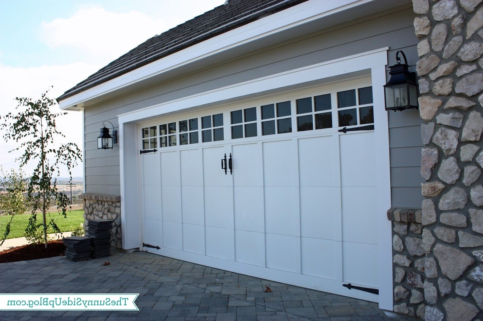 Outdoor Lanterns For Garage With Regard To Well Known 39 Outdoor Lightsgarage Doors, Beautiful Craftsman Sconces Light (View 15 of 20)