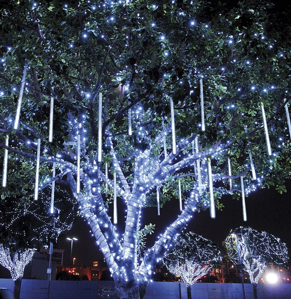 Outdoor Lanterns For Trees In Latest Tapesii Decorative Outdoor Lights For Trees Collection Of Pertaining (View 4 of 20)