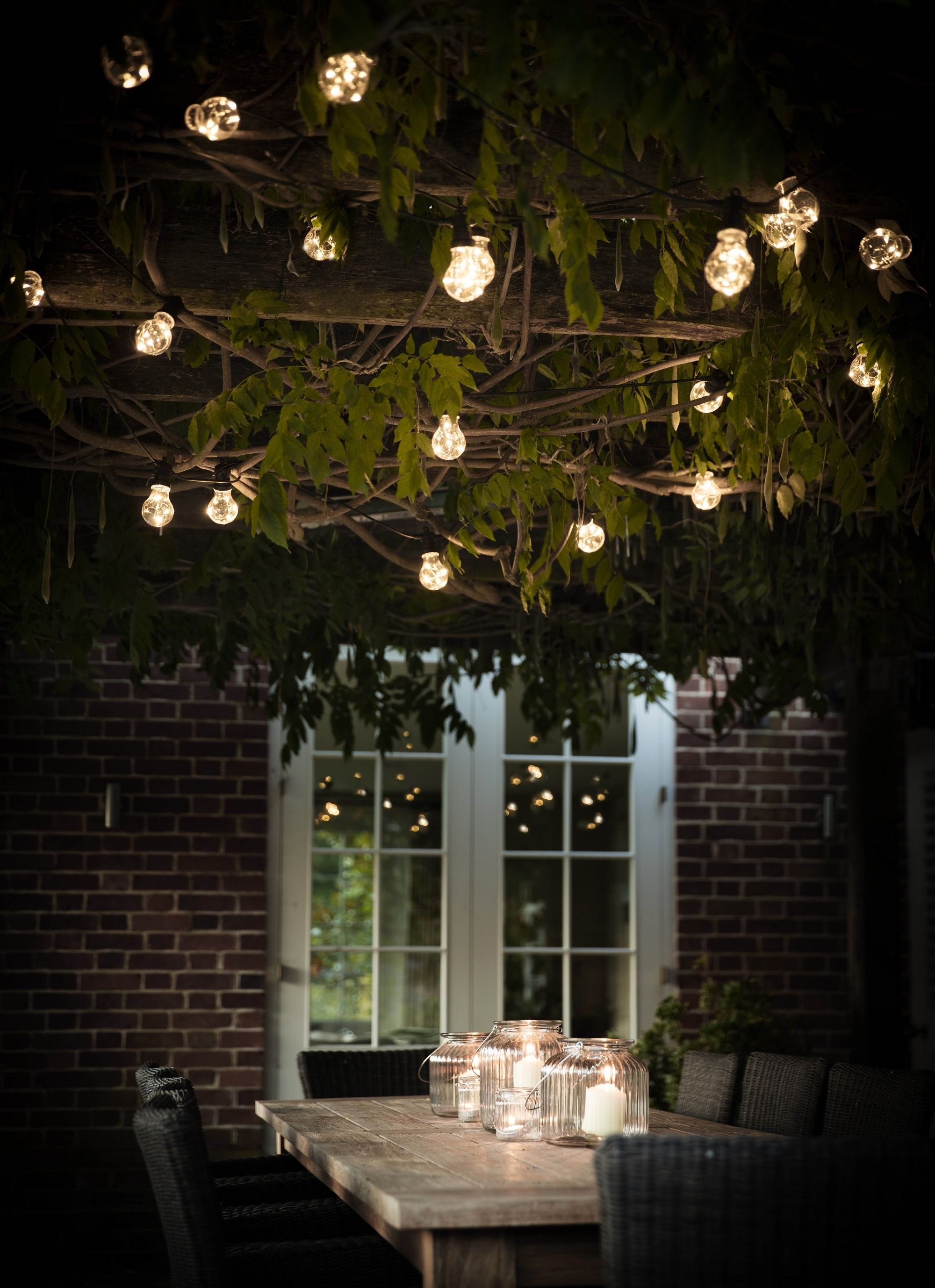 Outdoor Lanterns For Trees Within Well Liked 38 Innovative Outdoor Lighting Ideas For Your Garden (View 15 of 20)