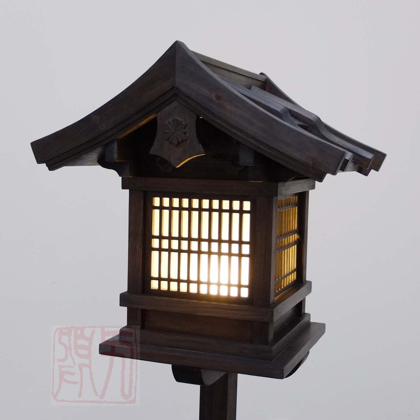 Outdoor Oriental Lanterns Inside Most Up To Date Japanese Wooden Lantern, Outdoor (wl2) (View 2 of 20)