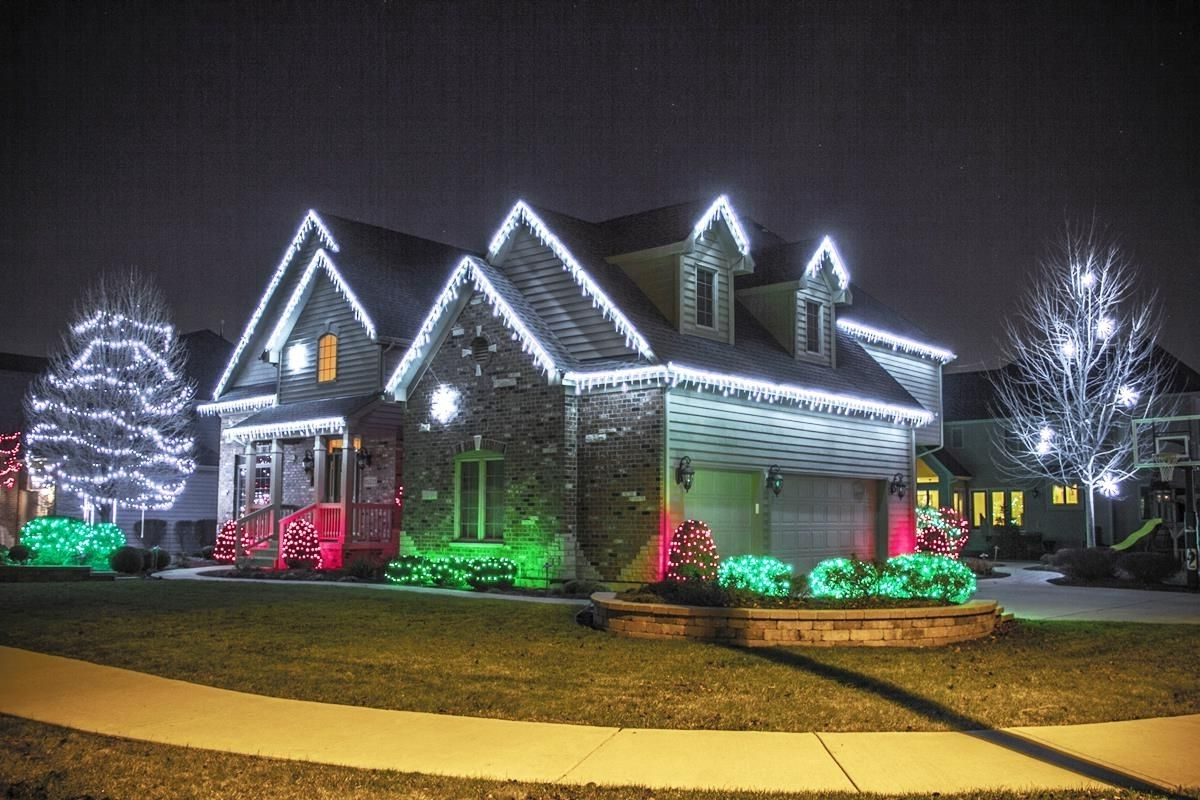 Outdoor Xmas Lanterns Inside Well Liked Top 46 Outdoor Christmas Lighting Ideas Illuminate The Holiday (View 9 of 20)