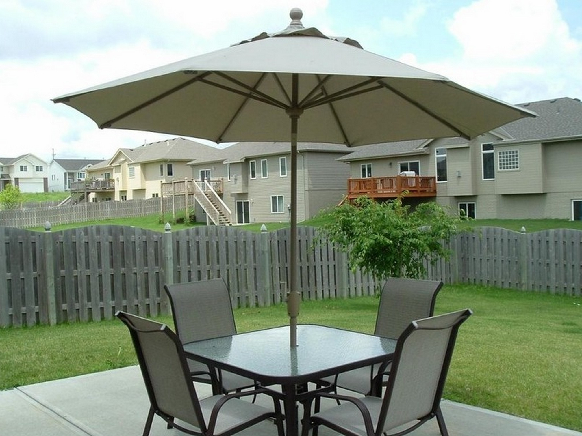Patio: Astounding Patio Table And Chairs With Umbrella Outdoor Inside Latest Patio Umbrellas For Tables (View 16 of 20)