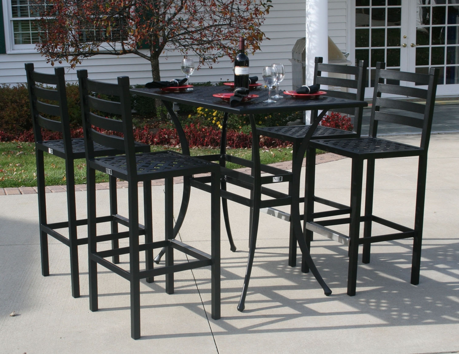 Patio Umbrellas For Bar Height Tables Pertaining To Popular Ansley Luxury 4 Person All Welded Cast Aluminum Patio Furniture Bar (View 16 of 20)