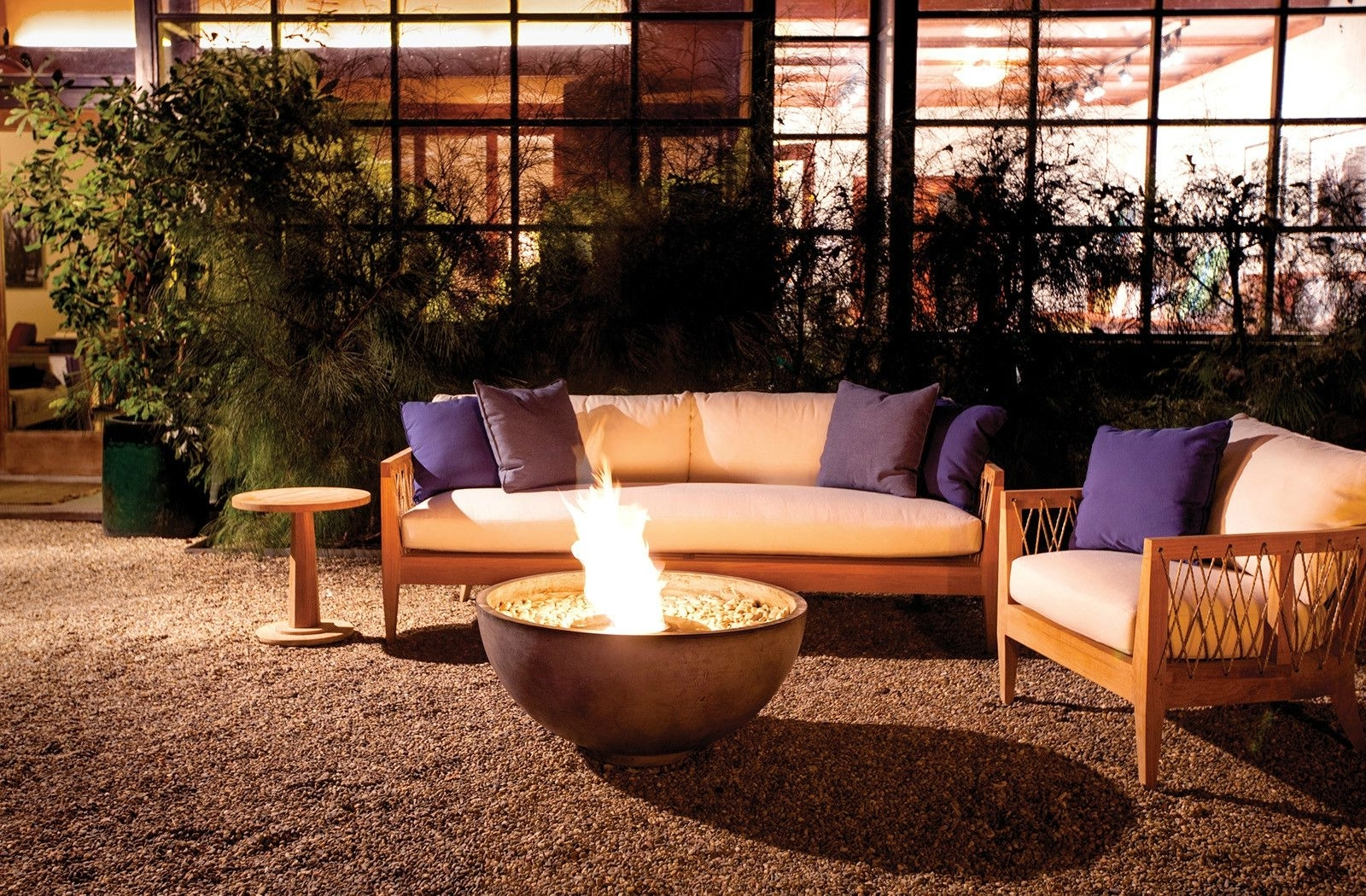 Popular Brown Jordan – Urth Firepit – Outdoor Living Pertaining To Jordan Patio Umbrellas (View 20 of 20)