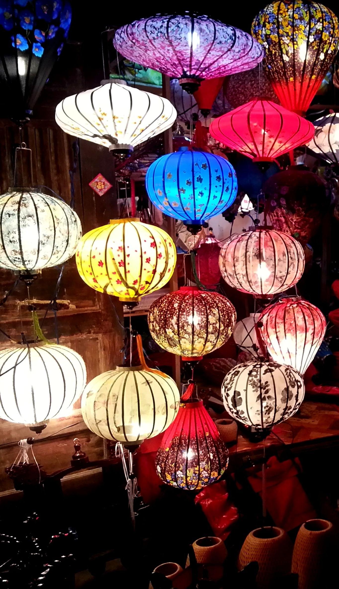 Popular Lanterns In Hoi An, Vietnam (View 13 of 20)