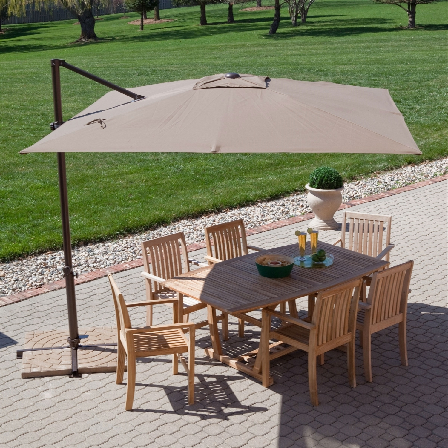 Popular Modern 8.5 Ft Offset Cantilever Square Patio Umbrella With Mocha In Square Cantilever Patio Umbrellas (Gallery 7 of 20)