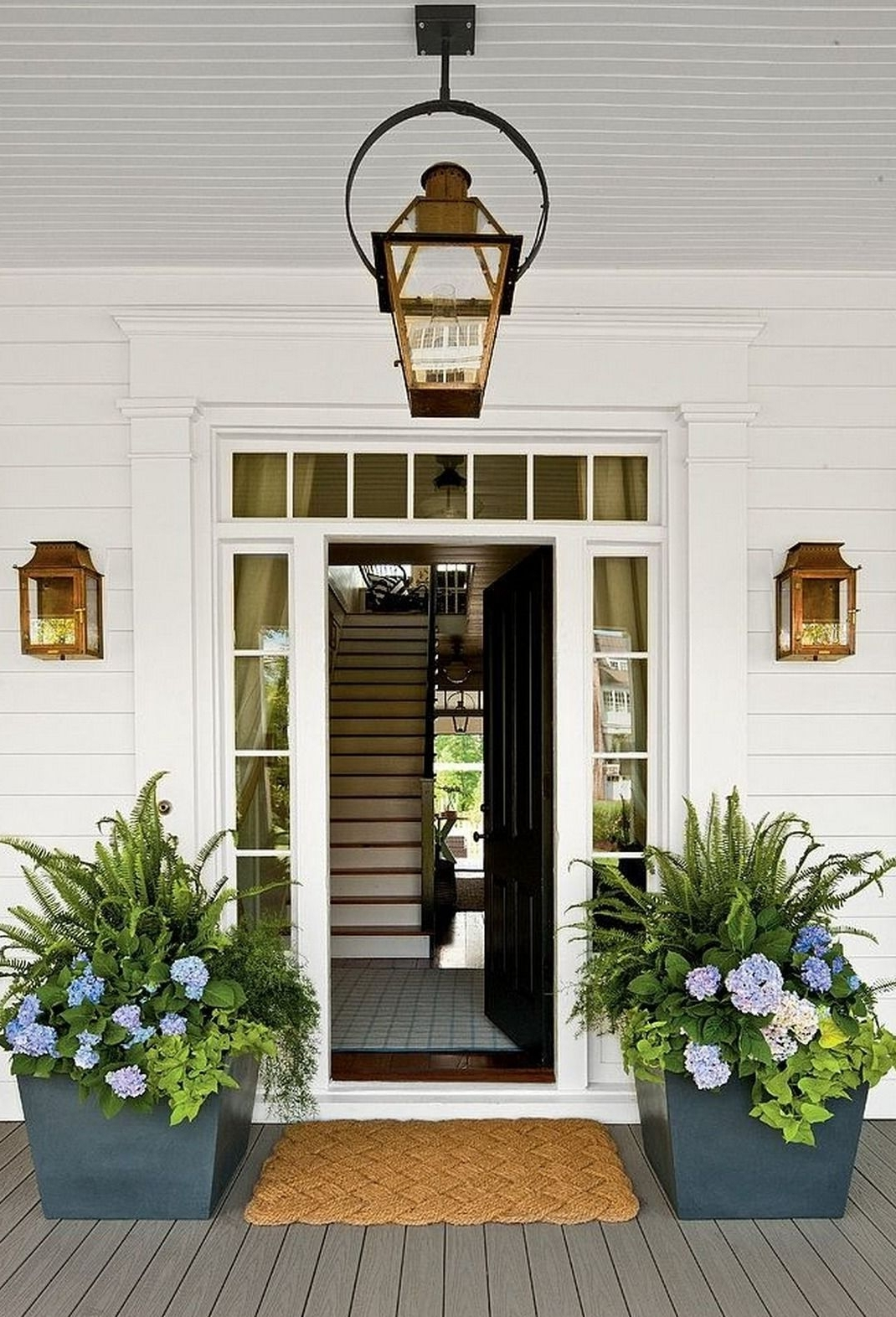 Preferred Outdoor Lanterns For Front Porch For Exterior Lighting {Charming Outdoor Lanterns (View 19 of 20)
