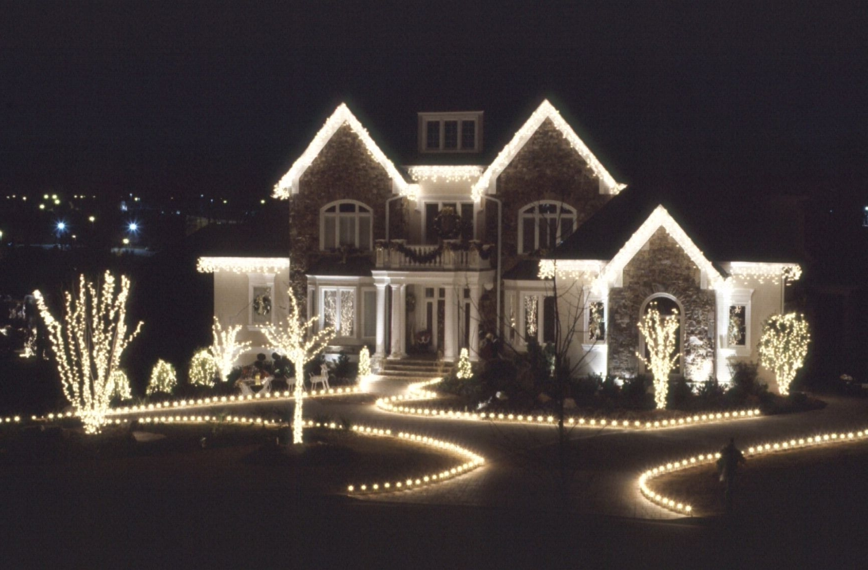 Put Your Regarding Outdoor Christmas Rope Lanterns (View 13 of 20)