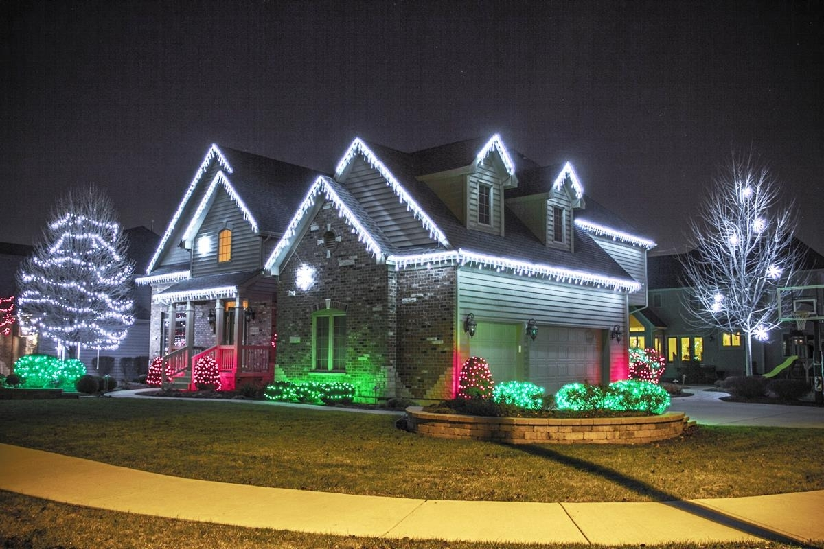 Recent Outdoor Lanterns For Christmas With Christmas Outdoor Light Shows – Pixball (Gallery 18 of 20)